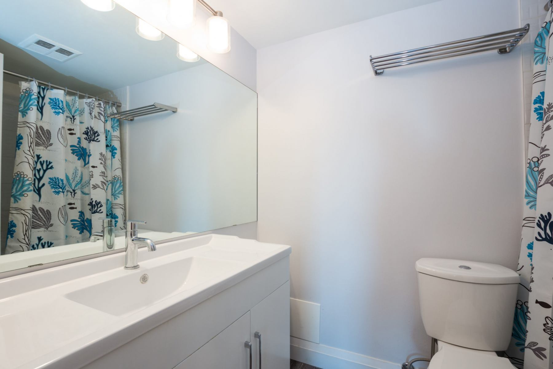 1485 Lakeshore Blvd East - #218 master ensuite
